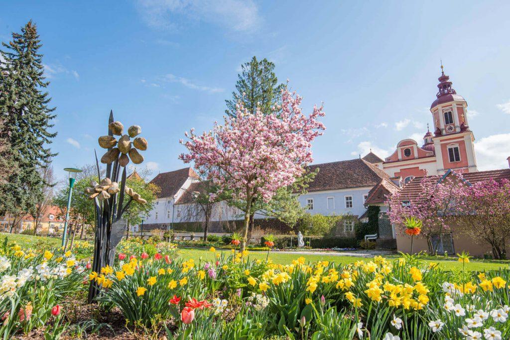 Schloßpark Pöllau im Frühling, © Helmut Schweighofer