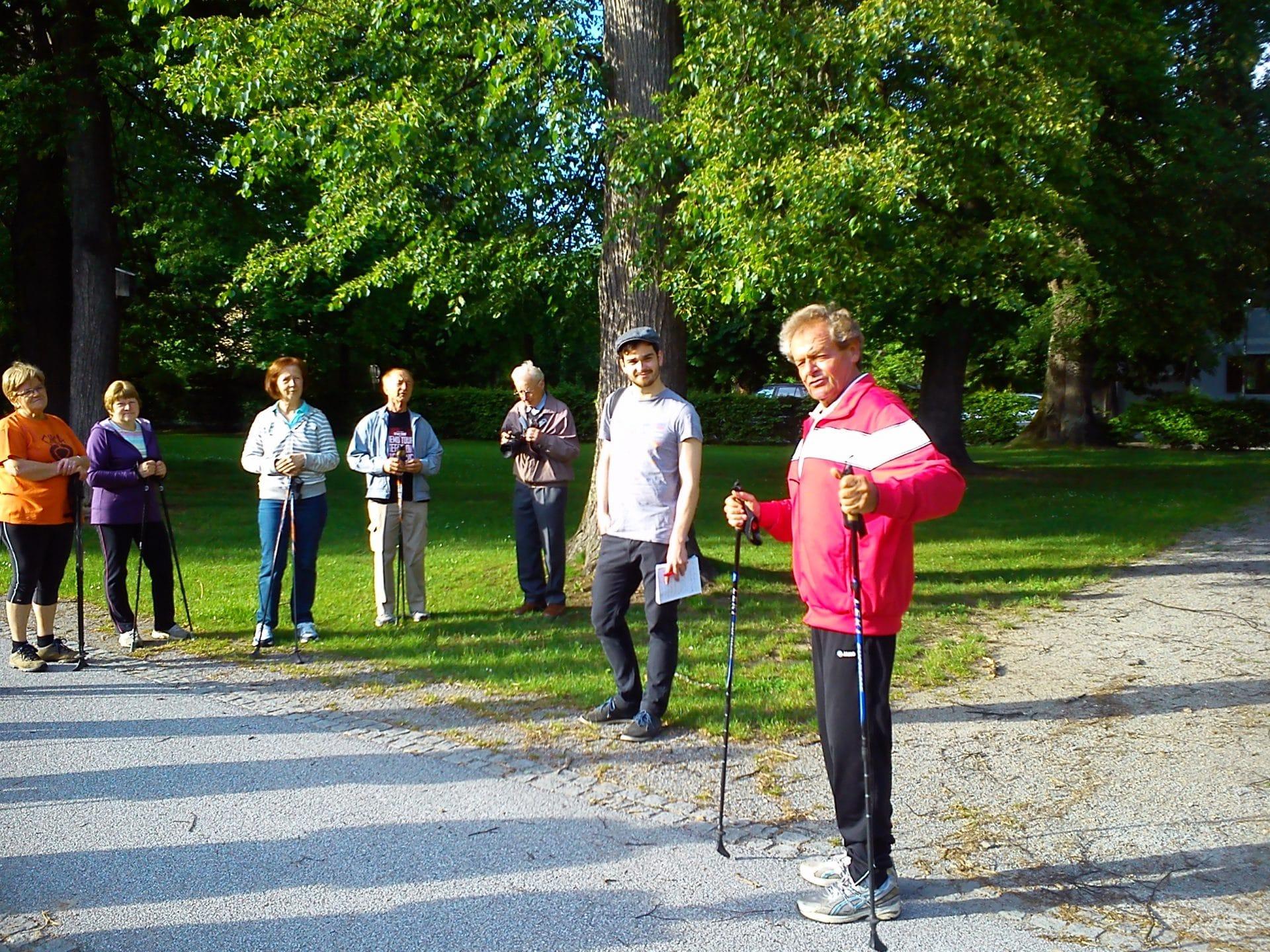 Nordic Walken mit Prof. Werner Riedl, ©Christine Schwetz