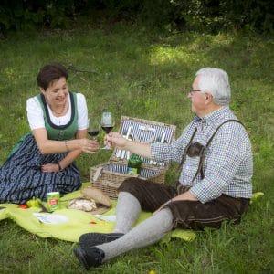 Picknick Lindenbaum_©Katrin Wilfinger